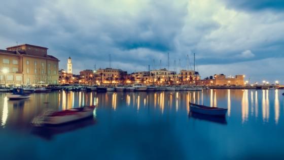 Bari Nightlife Hafen Ausgehen